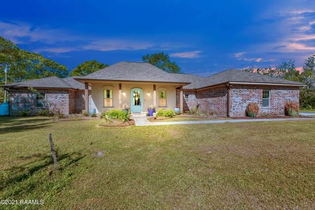 1622 Guilliot Road, Youngsville, LA 70592 (MLS #21002852) :: Keaty Real Estate