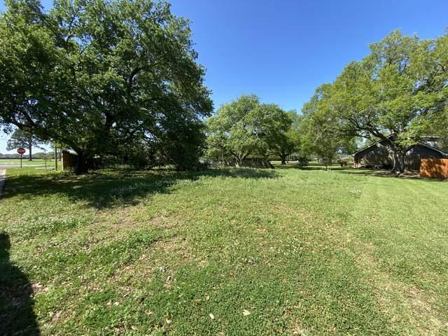 101 Habersham Drive, Youngsville, LA 70592 (MLS #21002998) :: Keaty Real Estate