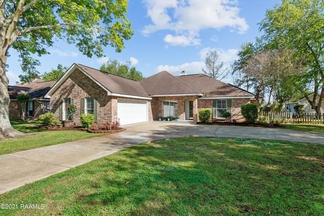 203 Sundown Drive, Broussard, LA 70518 (MLS #21003107) :: Keaty Real Estate