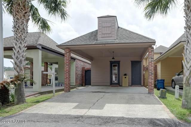 110 Coconut Grove Circle, Lafayette, LA 70508 (MLS #21003183) :: Keaty Real Estate