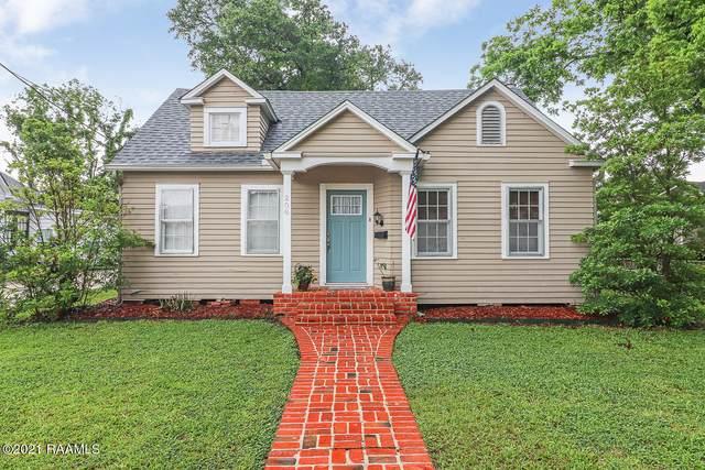 208 N Louisiana Street, Abbeville, LA 70510 (MLS #21004495) :: Keaty Real Estate