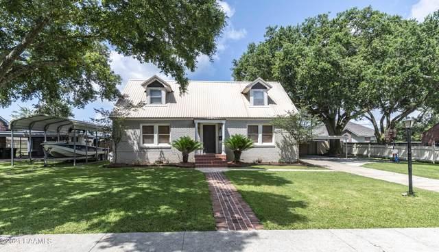 221 Country Club Drive, New Iberia, LA 70563 (MLS #21005358) :: Keaty Real Estate