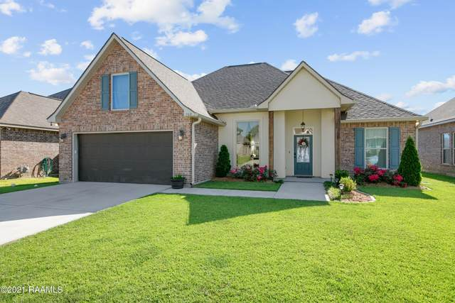 203 Caillou Grove Road, Youngsville, LA 70592 (MLS #21005613) :: Keaty Real Estate