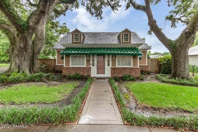 301 S Young Street Street, Abbeville, LA 70510 (MLS #21005749) :: Keaty Real Estate