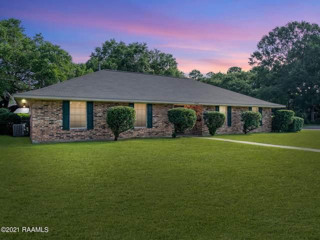 1300 W Oak Avenue, Eunice, LA 70535 (MLS #21006079) :: Keaty Real Estate