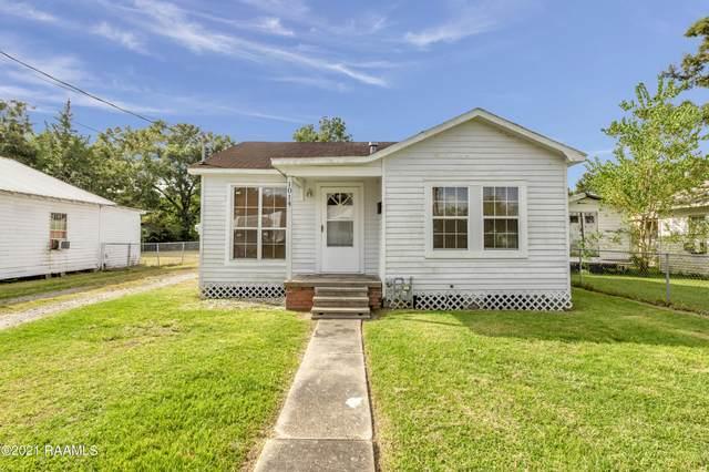 1014 E Spruce Street, Crowley, LA 70526 (MLS #21008914) :: Keaty Real Estate
