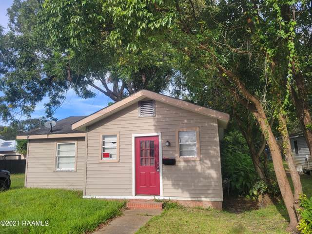 313 E Pershing Street, New Iberia, LA 70560 (MLS #21009478) :: Keaty Real Estate
