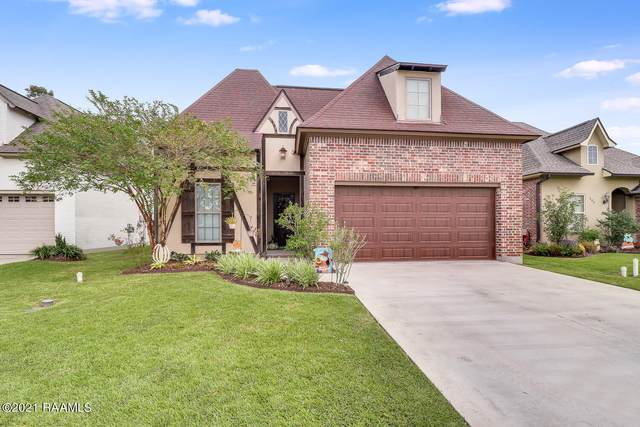 201 Cypress View Drive, Youngsville, LA 70592 (MLS #21009692) :: Becky Gogola