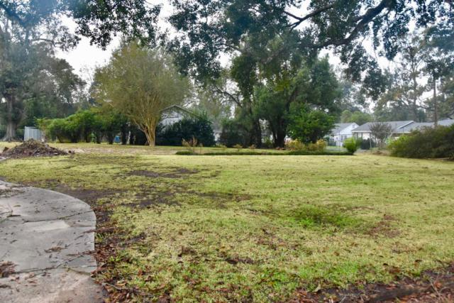 1008 Carmel Drive, Lafayette, LA 70501 (MLS #17010897) :: Keaty Real Estate