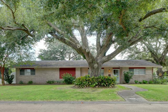 400 Colonial Drive, Lafayette, LA 70506 (MLS #18009212) :: Keaty Real Estate