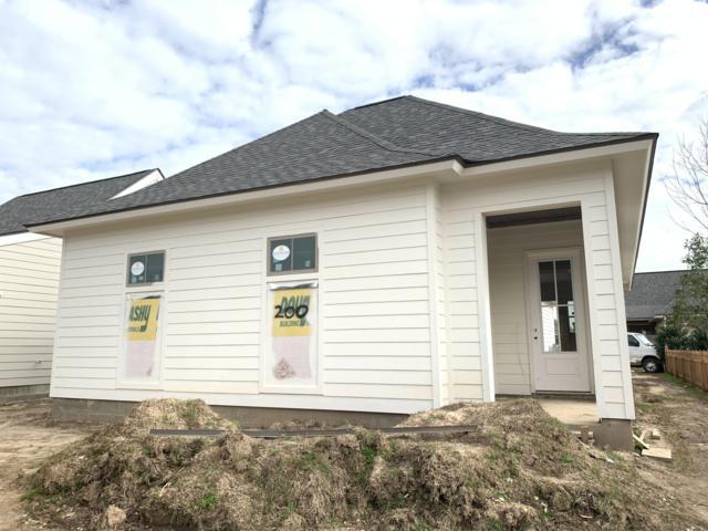200 Fallen Oak Lane, Youngsville, LA 70592 (MLS #18011976) :: Red Door Team | Keller Williams Realty Acadiana