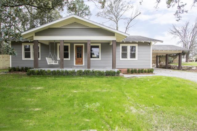 200 Edgewood Drive Drive, Lafayette, LA 70503 (MLS #18012336) :: Red Door Team | Keller Williams Realty Acadiana