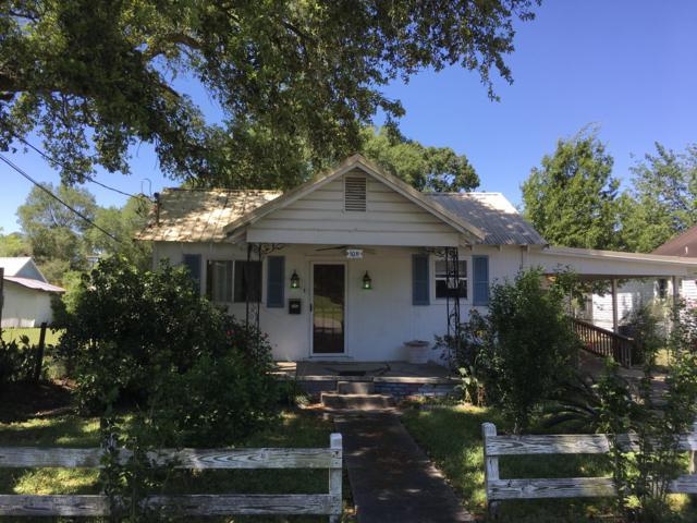 1011 E 8th St Street, Crowley, LA 70526 (MLS #19003845) :: Keaty Real Estate