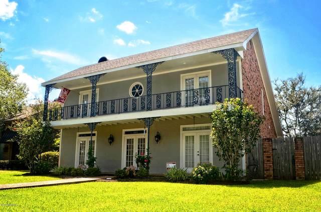 402 Comanche Drive, Lafayette, LA 70503 (MLS #19011968) :: Keaty Real Estate