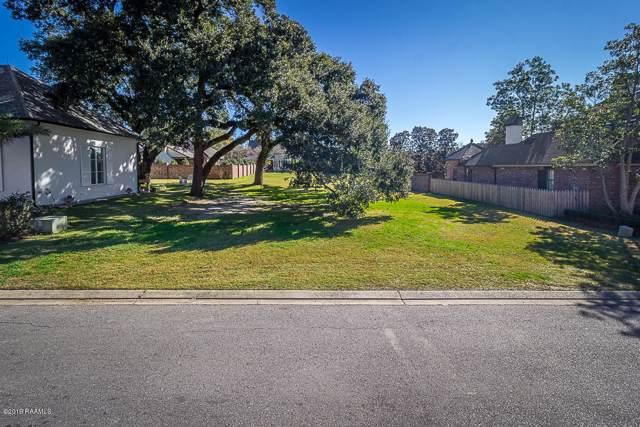 211 Southern Pines Drive, Lafayette, LA 70508 (MLS #19012157) :: Keaty Real Estate