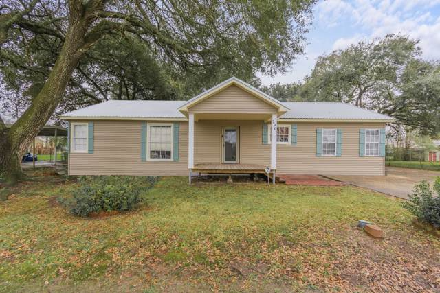 290 Lawrence Street, Breaux Bridge, LA 70517 (MLS #20000741) :: Keaty Real Estate