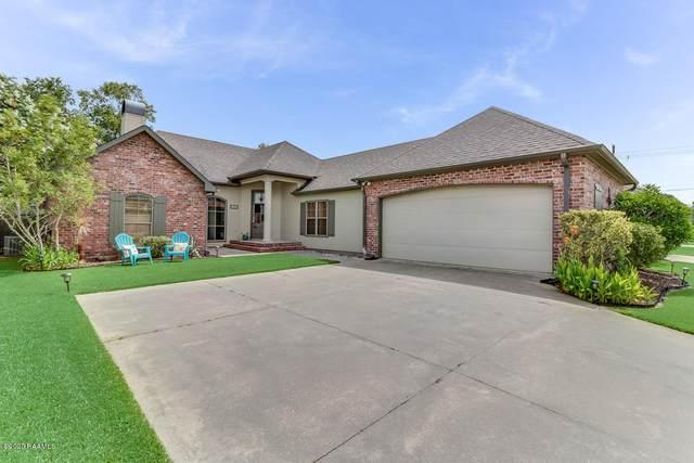 102 Southlake Circle, Youngsville, LA 70592 (MLS #20003951) :: Keaty Real Estate