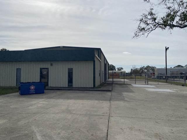 103 Bluffwood Drive, Broussard, LA 70518 (MLS #20010573) :: United Properties