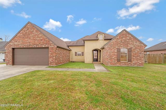 1032 Live Oak Circle, Breaux Bridge, LA 70517 (MLS #21000292) :: Keaty Real Estate