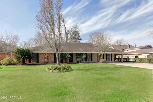 102 Oak Coulee Drive, Lafayette, LA 70507 (MLS #21000959) :: Keaty Real Estate