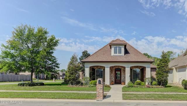 301 Old Pottery Bend, Lafayette, LA 70508 (MLS #21002980) :: Keaty Real Estate