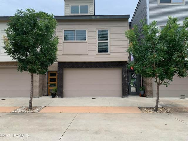 222 Highland Oaks Lane, Lafayette, LA 70508 (MLS #21006231) :: Keaty Real Estate