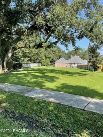 702 E Bayou Parkway, Lafayette, LA 70508 (MLS #21007936) :: Keaty Real Estate