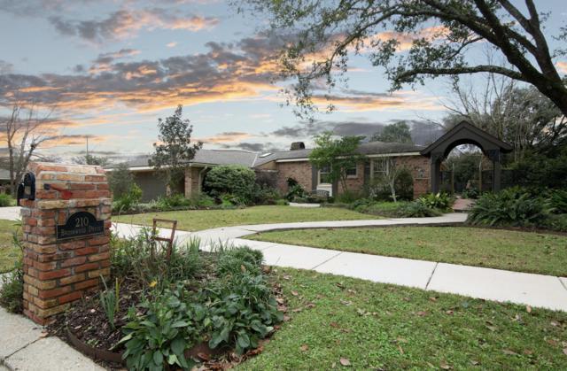 210 Brushwood Drive, Lafayette, LA 70503 (MLS #18012757) :: Keaty Real Estate