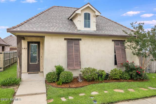 302 Dunvegan Court, Lafayette, LA 70503 (MLS #21003067) :: Keaty Real Estate
