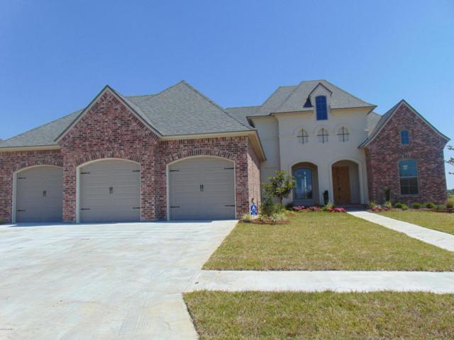 102 Foxtail Trail, Youngsville, LA 70592 (MLS #18000422) :: Keaty Real Estate