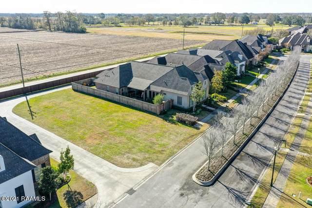 212 Gleneagles Circle, Broussard, LA 70518 (MLS #19003444) :: Keaty Real Estate
