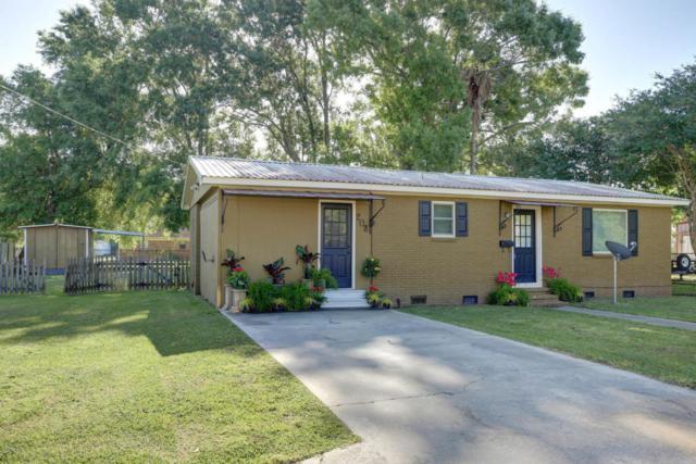 208 N Cunningham Street, Rayne, LA 70578 (MLS #18000068) :: Keaty Real Estate