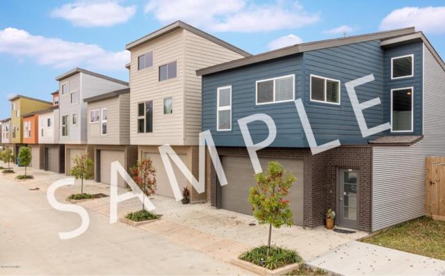 303 Highland Oaks Lane, Lafayette, LA 70508 (MLS #18000179) :: Keaty Real Estate