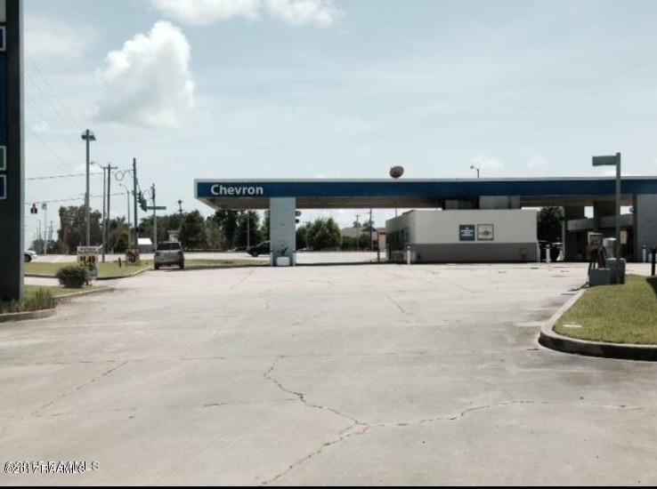 5051 Ambassador Caffery Parkway - Photo 1