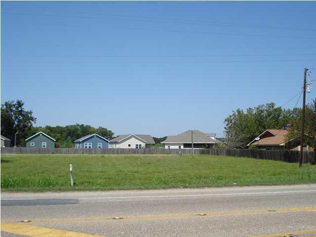 2005 Carmel Drive, Lafayette, LA 70501 (MLS #17002902) :: Cachet Real Estate
