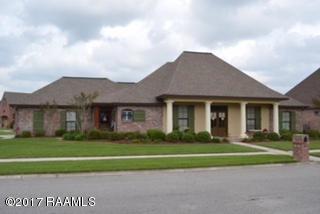 320 Bluebonnet Drive, Lafayette, LA 70508 (MLS #17004952) :: Keaty Real Estate