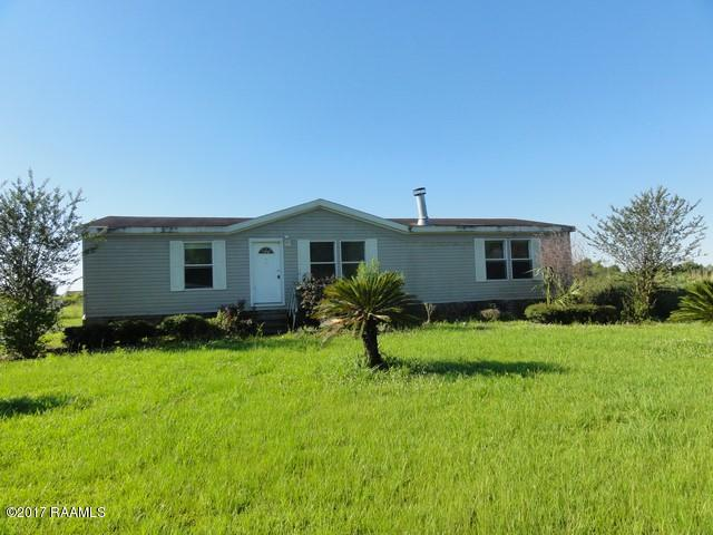 1063 Carolyn Rose Drive, Breaux Bridge, LA 70517 (MLS #17005900) :: Keaty Real Estate