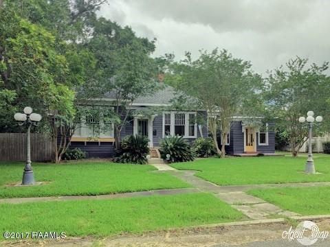 315 E Ninth Street, Crowley, LA 70526 (MLS #17006293) :: Keaty Real Estate