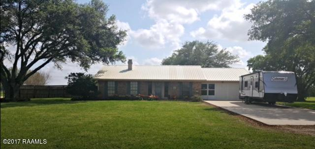 3501 Golden Grain Road, Rayne, LA 70578 (MLS #17010063) :: Keaty Real Estate