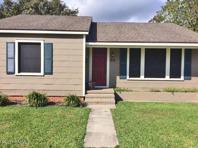 722 W 15th Street, Crowley, LA 70526 (MLS #17011225) :: Cachet Real Estate