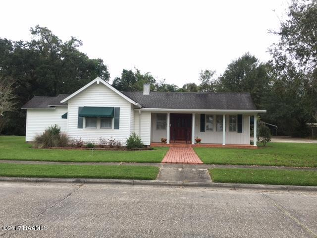 200 Lake St Street, Abbeville, LA 70510 (MLS #17011558) :: Keaty Real Estate