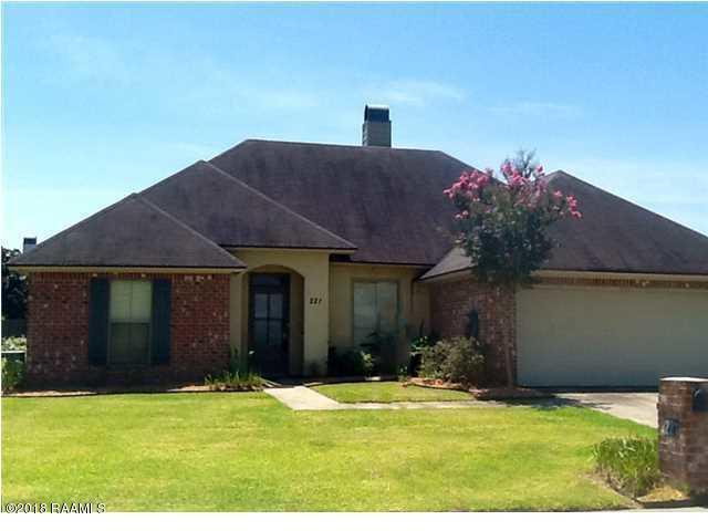 221 Barksdale, Broussard, LA 70518 (MLS #18000553) :: Red Door Realty