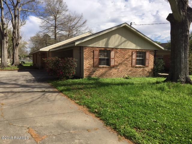 130 Martin Oaks Drive, Lafayette, LA 70501 (MLS #18002727) :: Keaty Real Estate