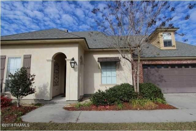 117 Maple Grove Lane, Youngsville, LA 70592 (MLS #18003675) :: Keaty Real Estate