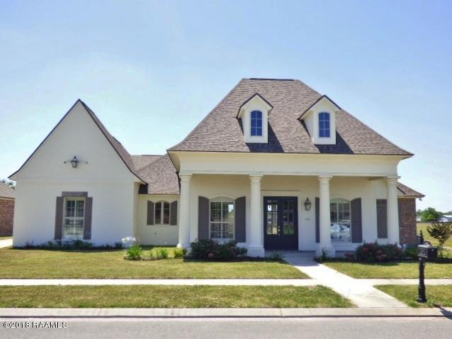 402 Bayou Parc Drive, Youngsville, LA 70592 (MLS #18004851) :: Keaty Real Estate
