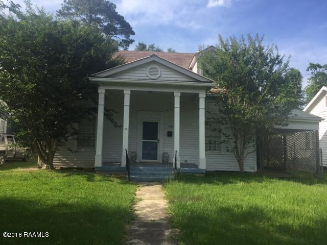 1102 W Cherry Street, Opelousas, LA 70570 (MLS #18005252) :: Red Door Realty