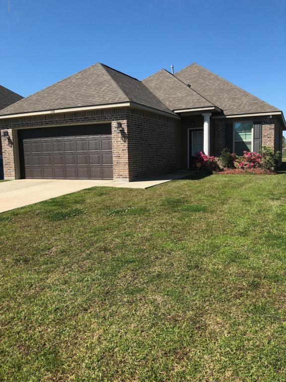 112 Timber Edge Drive, Youngsville, LA 70592 (MLS #18007176) :: Keaty Real Estate