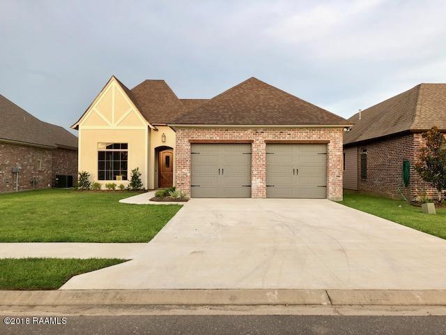 307 Channel Drive, Broussard, LA 70518 (MLS #18008707) :: Keaty Real Estate