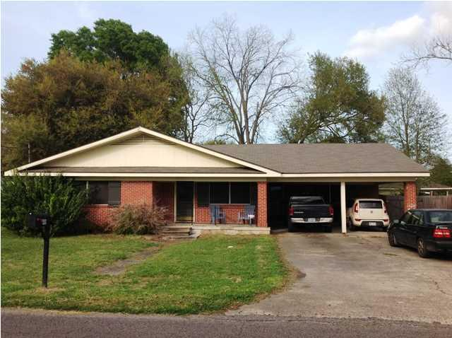 409 E 2nd Street, Broussard, LA 70518 (MLS #18010637) :: Cachet Real Estate
