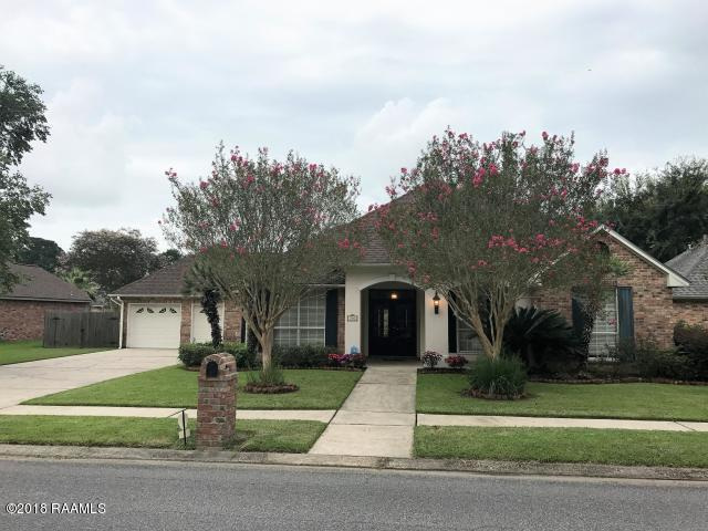 310 Doug Drive, Lafayette, LA 70508 (MLS #18011285) :: Cachet Real Estate